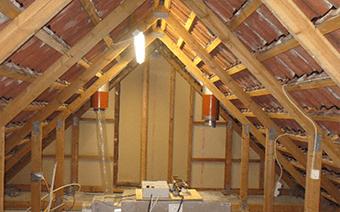 Projektet BO-VEST GADEKÆRET omhandler skimmelsanering og ombygning af ventilationsanlæg i to faser. Bygherrerådgivning for Bo-Vest Gadekæret ifm. igangværende syn og skønssag, samt udarbejdelse af projekt med skimmelsanering samt ombygning af eksisterende ventilationsanlæg.