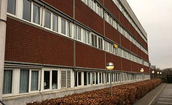 Projektet VUC HVIDOVRE omhandler projektforslag og budgettering i forbindelse med ombygning og renovering af undervisningslokaler herunder etablering af nye ventilationsanlæg, ny belysning m.m.